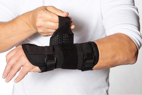 "WC32, WC33: Koolflex 8""-10"" Wrist Support"